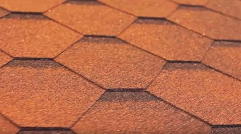Укладки мягкой черепицы на крыше дома в 4 этапа.