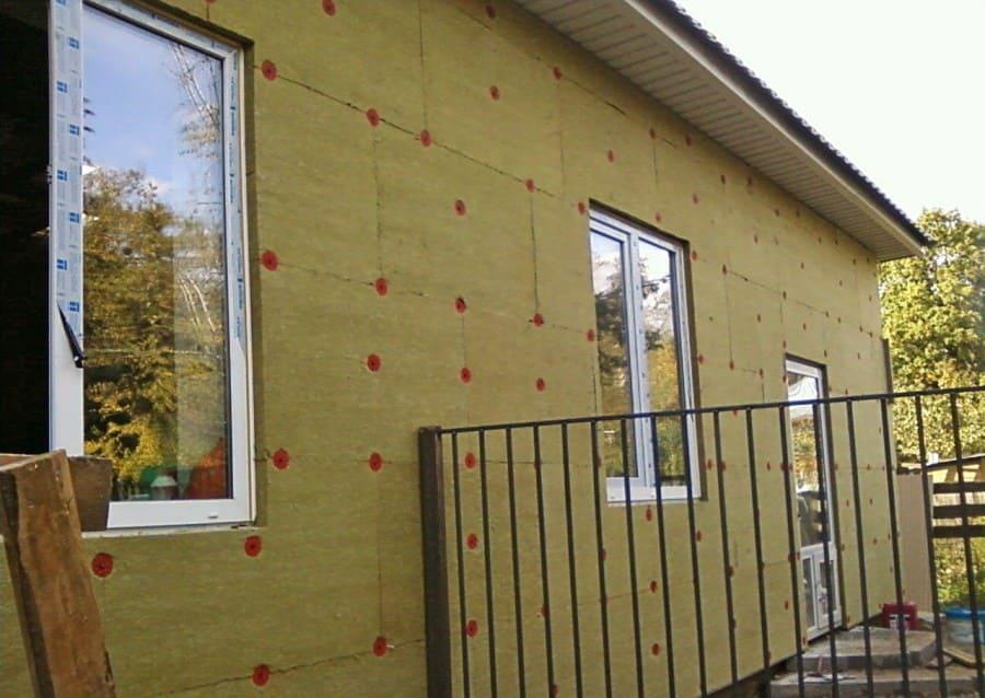 Технология утепления фасада дома.
